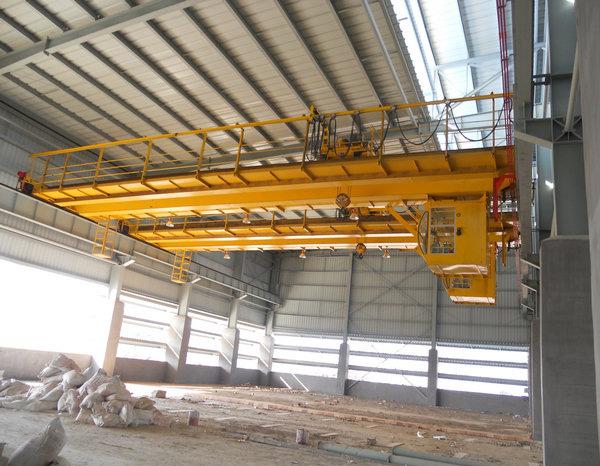 32t-19.5m双梁吊钩桥式起重机
